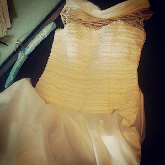 свадебное платье, тарелка, кружевное платье, вышивка, платье на заказ, пышная юбка, дизайнерская одежда