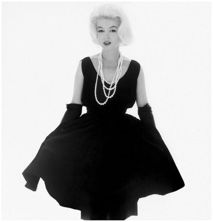 Черное платье мерлин монро