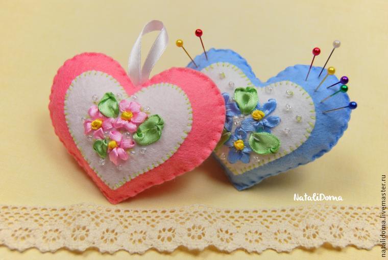 фетр, сердце, вышивка лентами