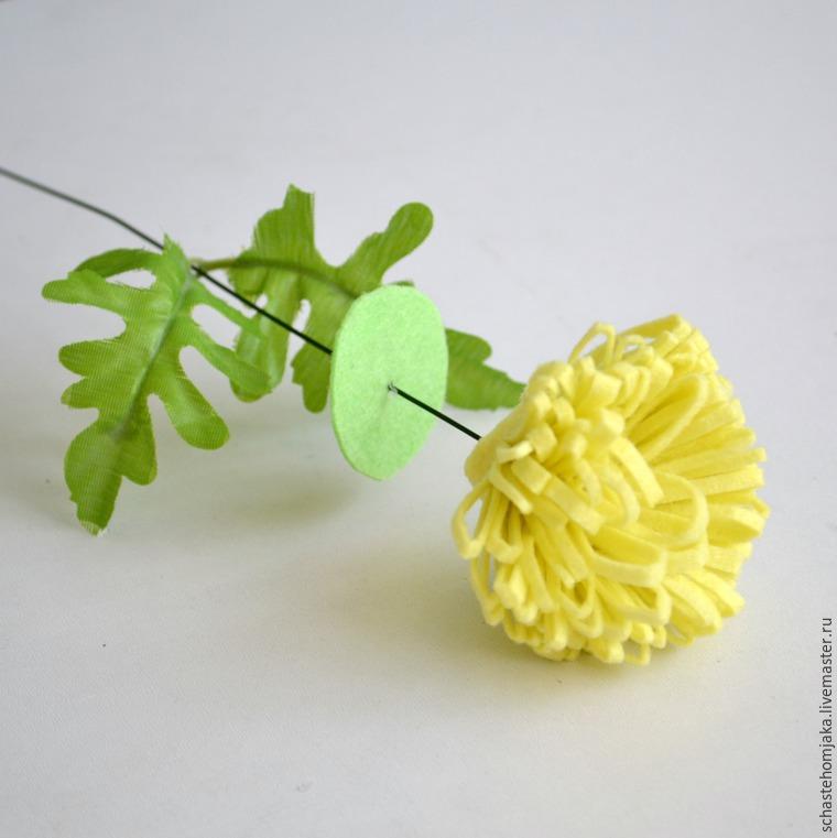 Хризантема из фетра