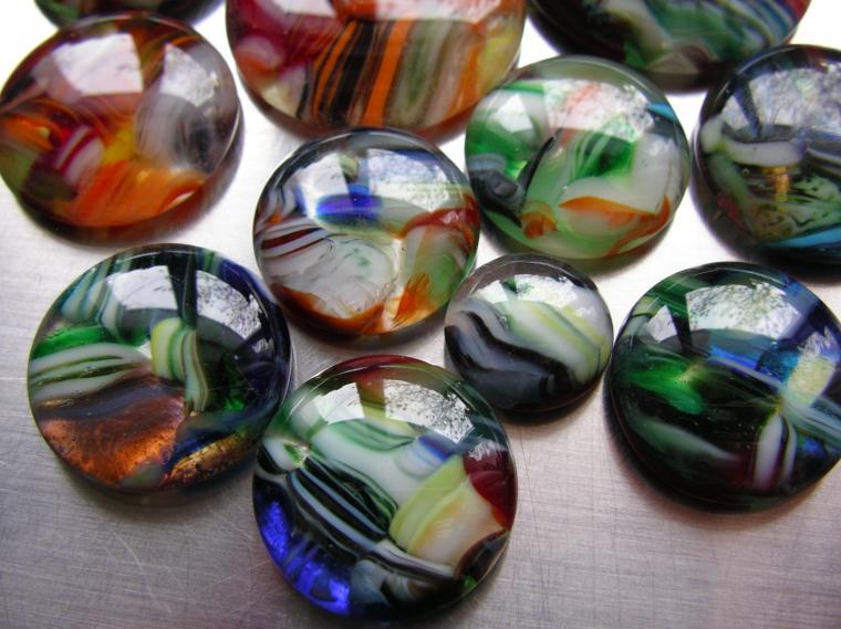 кладовая стекольщика, стеклянные камешки