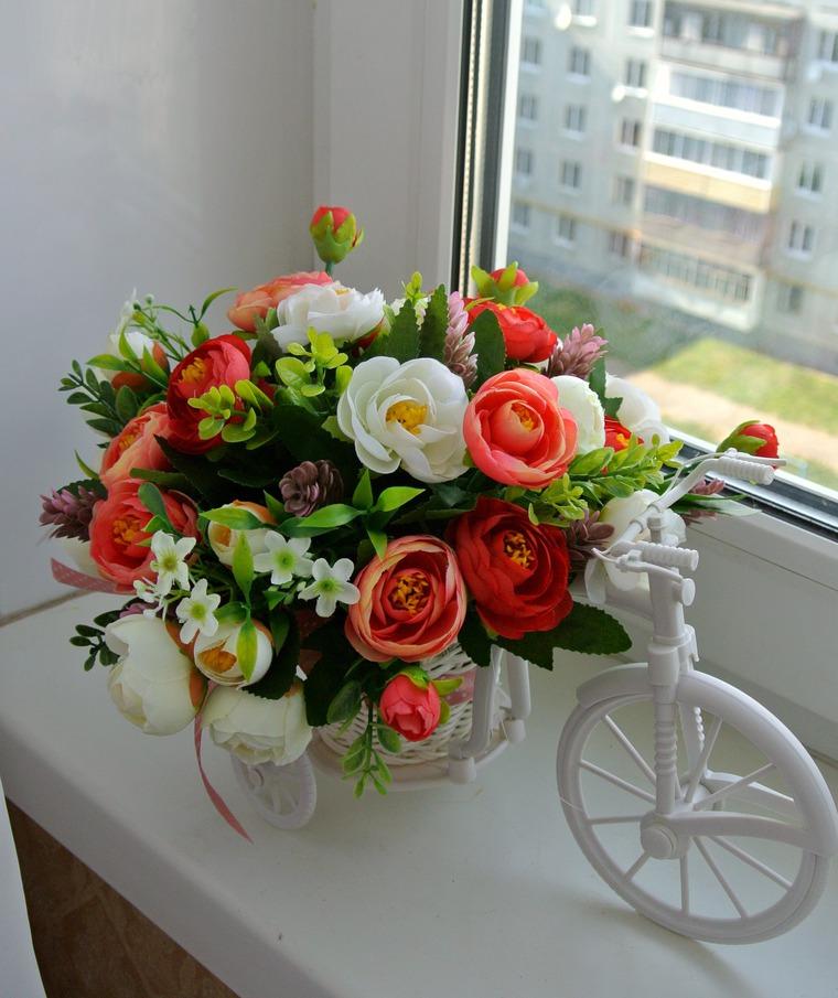 Искусственные цветы композиция