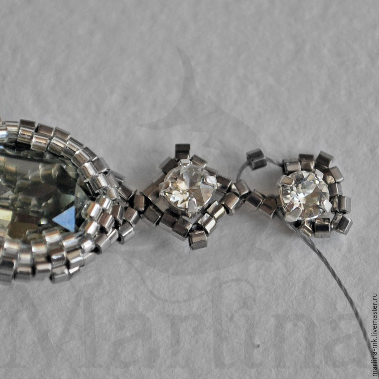 Мастер-класс по плетению браслета из кристаллов Swarovski