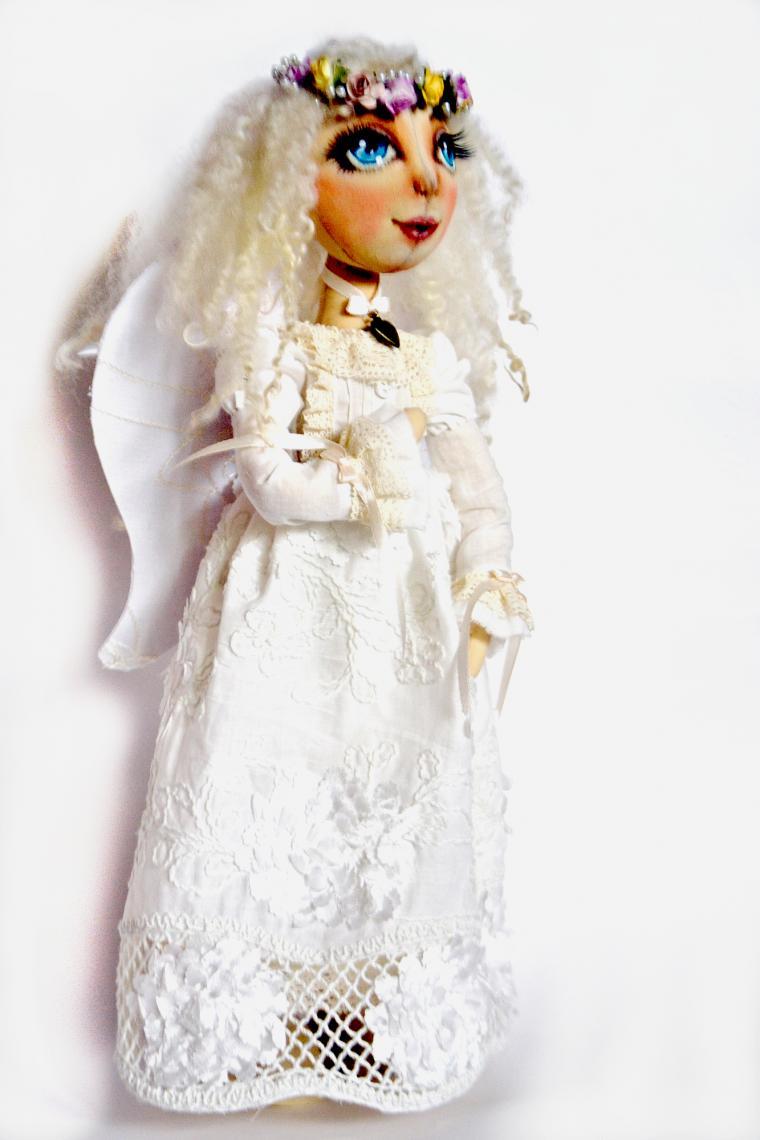 ангел- хранитель, белый