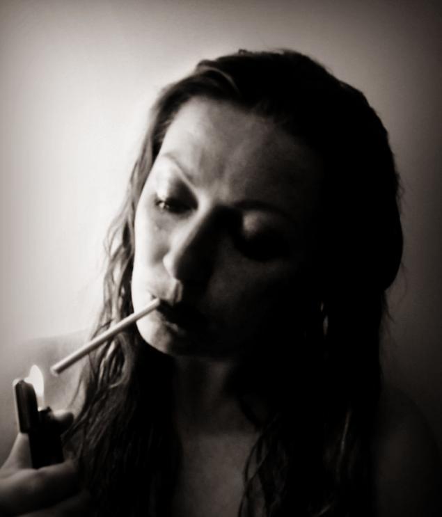 девушка плачет, грустная девушка фото