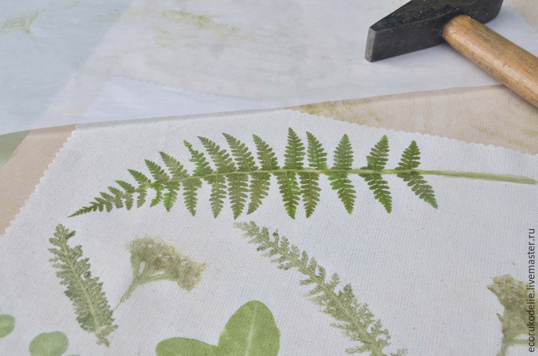 How to Make Plant Prints on Fabric, фото № 12