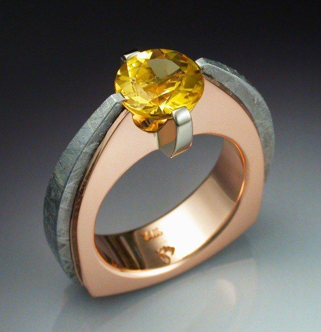 поиски кольцо необычной формы фото вода топливо