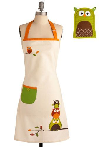 okay, but see, everyone needs two aprons: one half one for when you don't care about your shirt, and one full one for when it has owls on it.