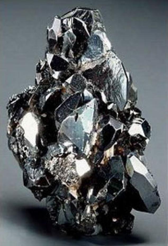 Камень гематит фото