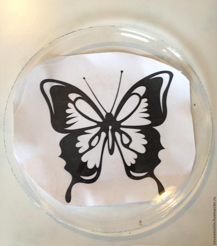 Decorating a Butterfly Plate in the Dot Painting Technique, фото № 1