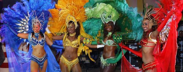 В бразилии недавно прошел легендарный карнавал местных танцевальных школ самбы