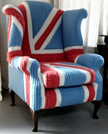 Вязанное кресло от британского дизайнера в стиле британского флага