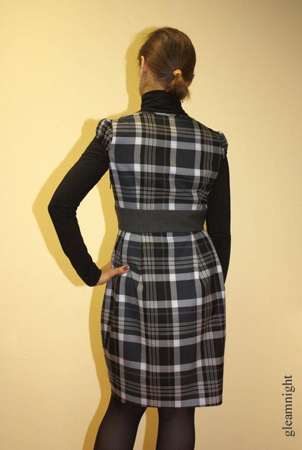 теплое платье, шерсть, платье-баллон, серое платье, скидка 25%, платье на осень, платье в клетку