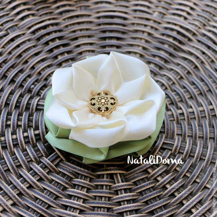 Una hermosa flor broche 150423224854
