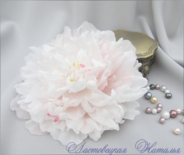 цветы из ткани и шелка