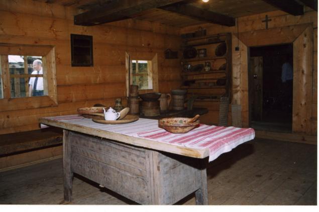 гуцульский дом, деревянный дом