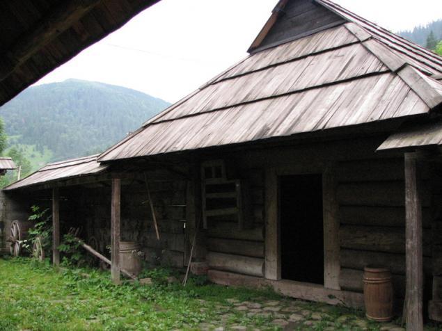 дом-крепость, дом в горах