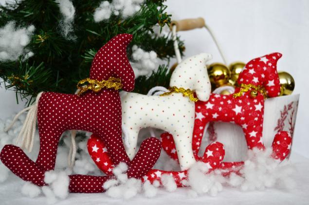 лошади, украшение на елку