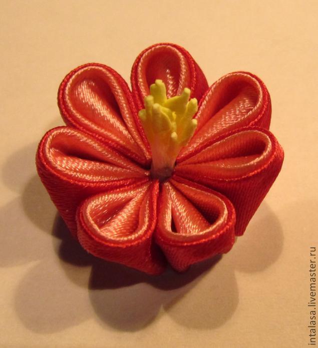 Как сделать цветы канзаши с тычинками