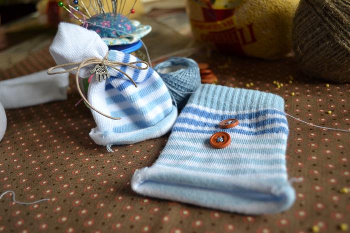 Как сделать шапку снеговику из носка