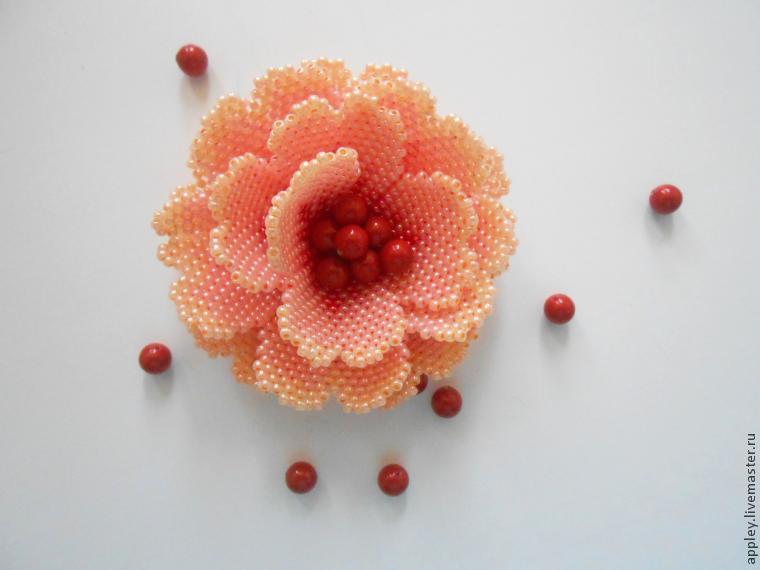 Как сделать маленький цветок из бисера 744