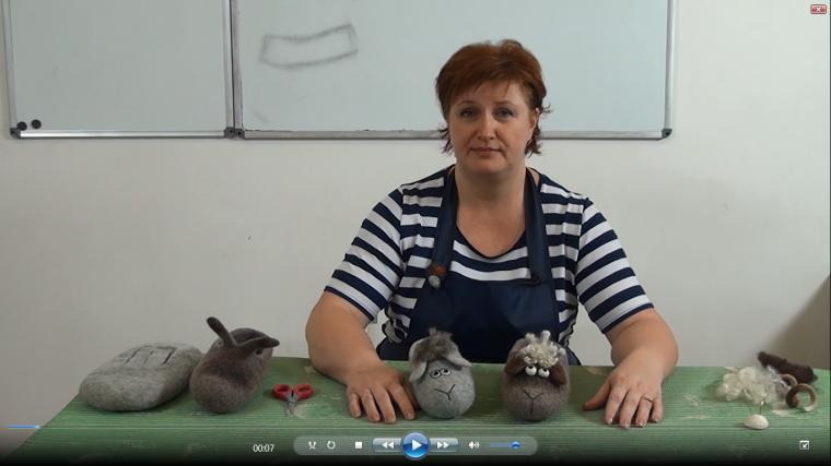 """Видео мастер-класс О. Демьяновой. Валяем тапочки. Классичесские+""""в мире животных"""""""