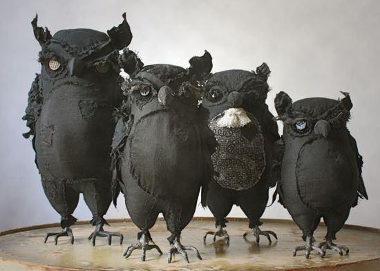 Not a tutorial - but wouldn't these owls be a nice, menacing addition to any halloween decor?