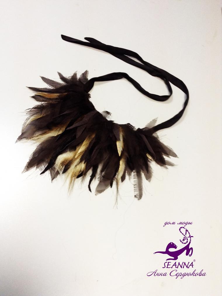 ожерелье из перышек