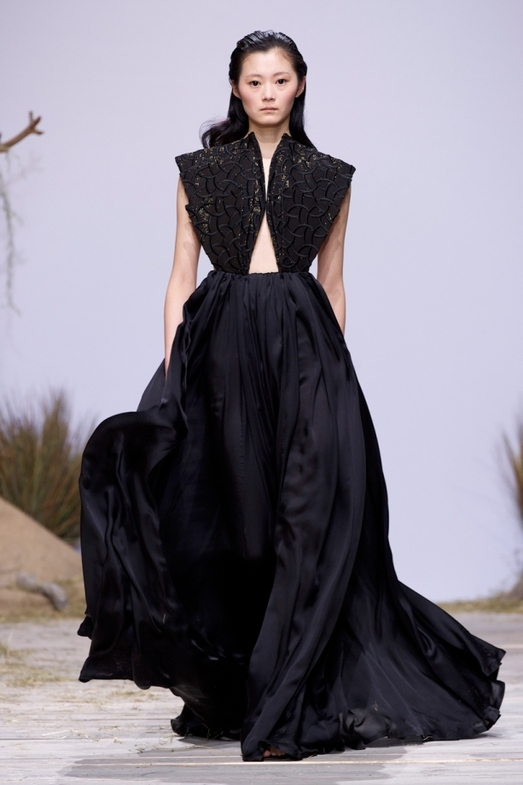 Zuhaitz Haute Couture весна-лето 2014, фото № 14