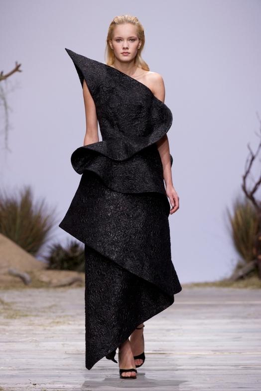 Zuhaitz Haute Couture весна-лето 2014, фото № 16