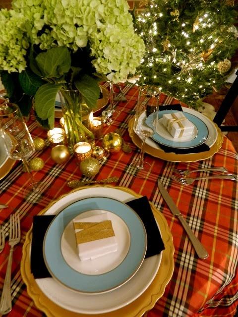 sadie + stella: S+S Plaid Christmas Tablescape