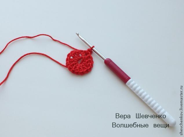 МК Вяжем сердечко - брелок (много фото), фото № 7