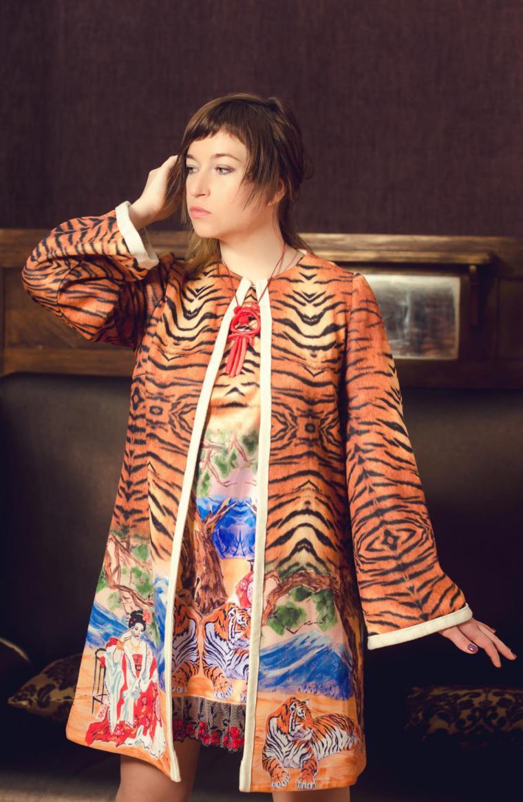 ткани компаньоны, атлас-стрейч, ткань на платье, пальтовая ткань, шелк натуральный