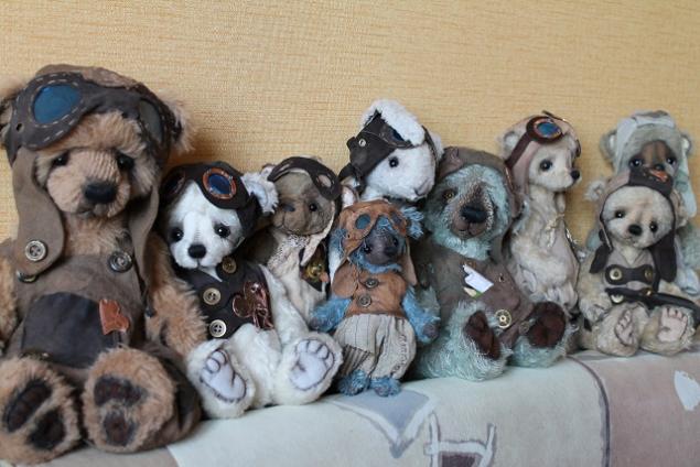выставка 2013, мишки юлии аладьиной, авторские мишки тедди, мишка-летчик, мишка в одежке