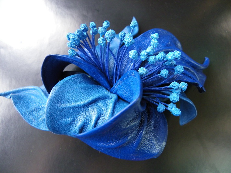 акция магазина, новое поступление, анонс новых заколок, заколки со скидкой, заколка с цветами, цветок в волосы, заколка цветок