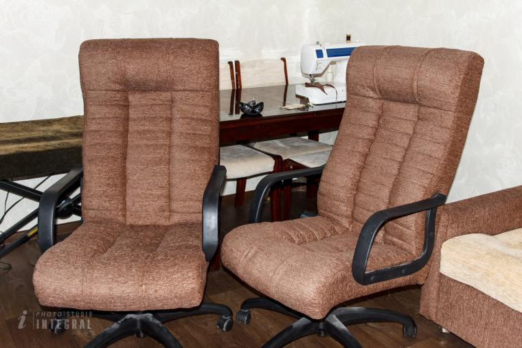 Замена обивки кресла