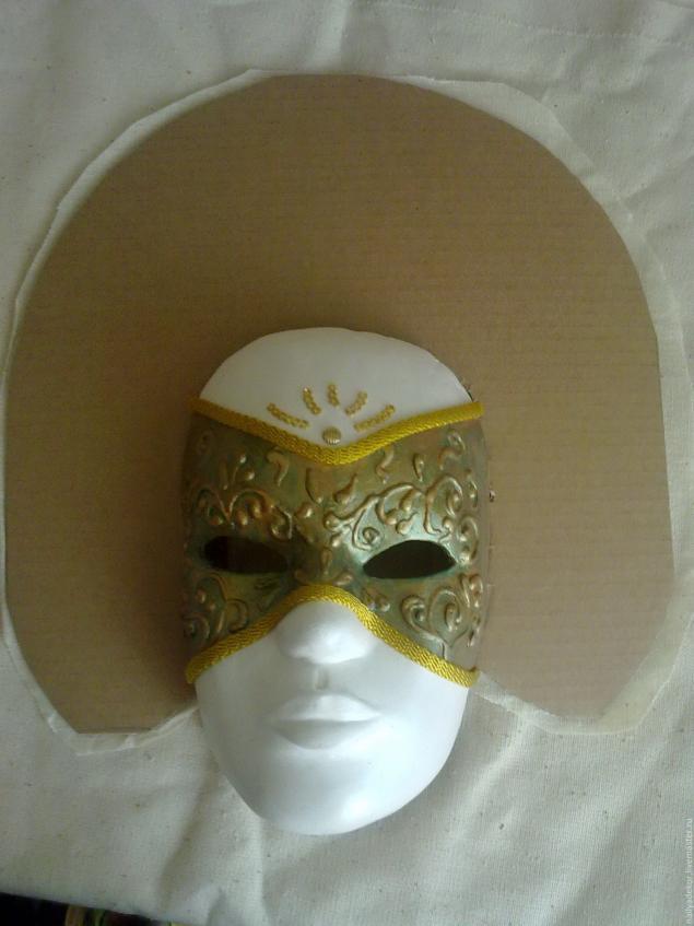 Изготовление венецианской маски с перьями.Техника папье-маше., фото № 9