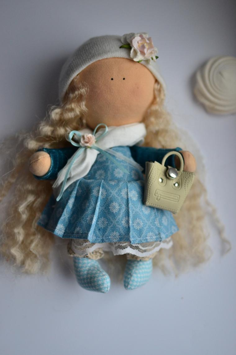 8 марта 2015, кукла ручной работы, набор для творчества, акция к 8 марта, подарок на 8 марта, шьем куклу, кукольный театр, волосы для кукол, инструкция, маленькая сумочка