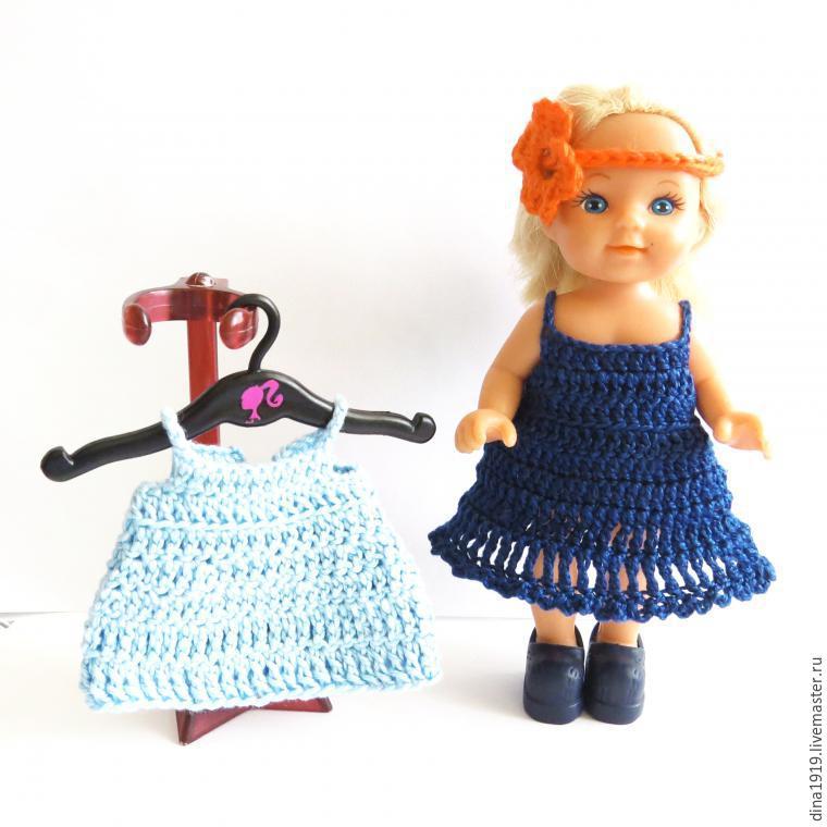 Платье для кукол крючком фото