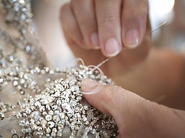Схемы вышивки камнями на одежде