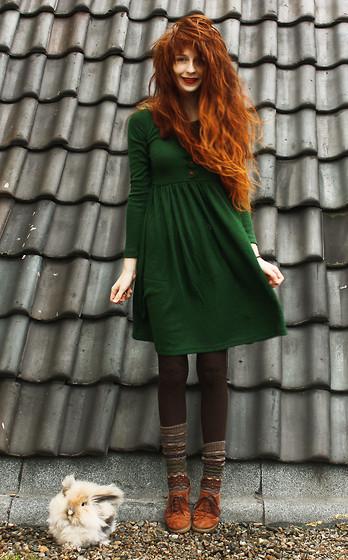 Long Button Dress, Socks, Shoes, Melle