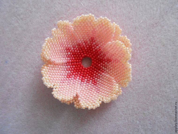 How to Make a Small Flower out of Beads, фото № 39