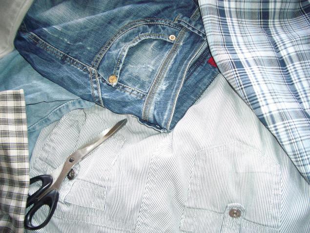 Оказывается, сшить юбку из старых джинсов несложно благодаря тому, что основные сложные стадии шитья выполнять не...