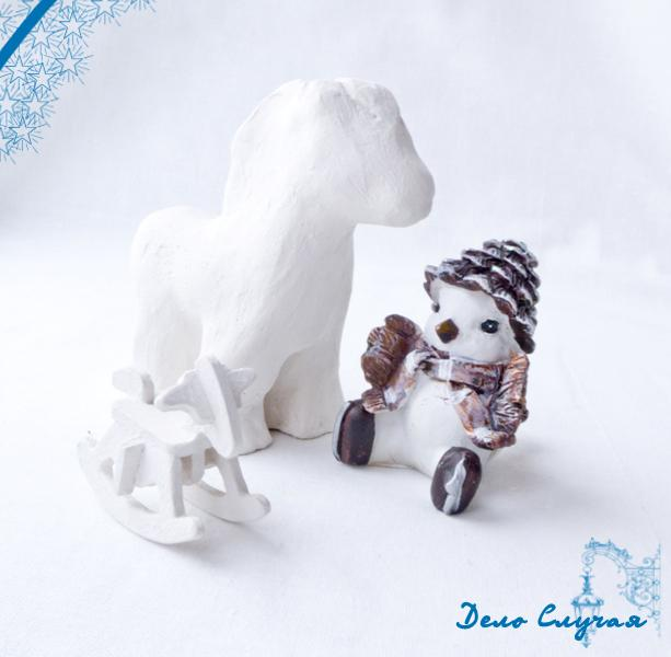 новый год, новый год 2014, год лошади, лошадь, белая лошадь, белый конь, белый, фотография, фото, открытка, белое на белом, конь, поздравление, поздравления, 1 января