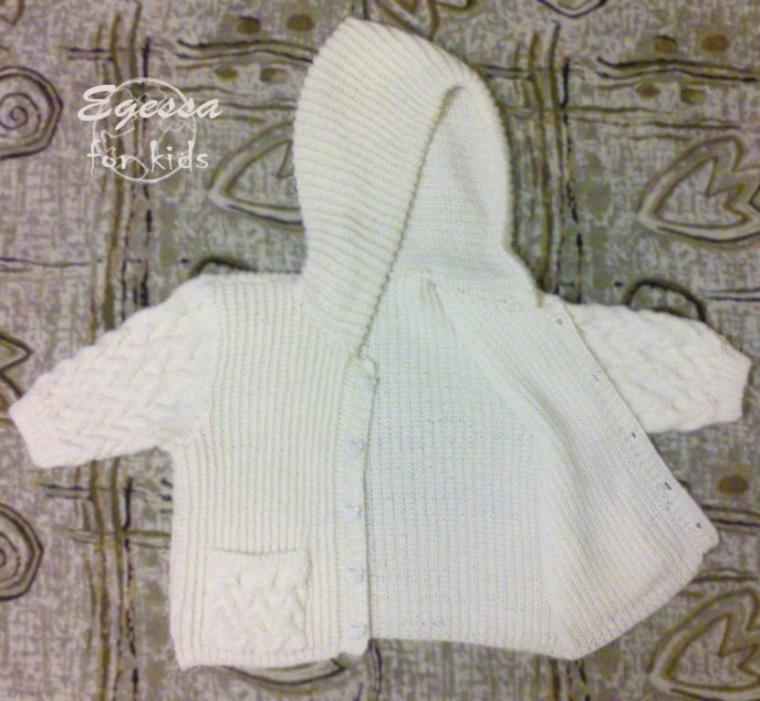 жакет с капюшоном, вязаная кофточка, полукомбинезон, полукомбинезон спицами, штаишки спицами, для новорожденной