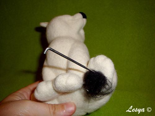 Мастер-класс по валянию игрушки медвежонка этап 51