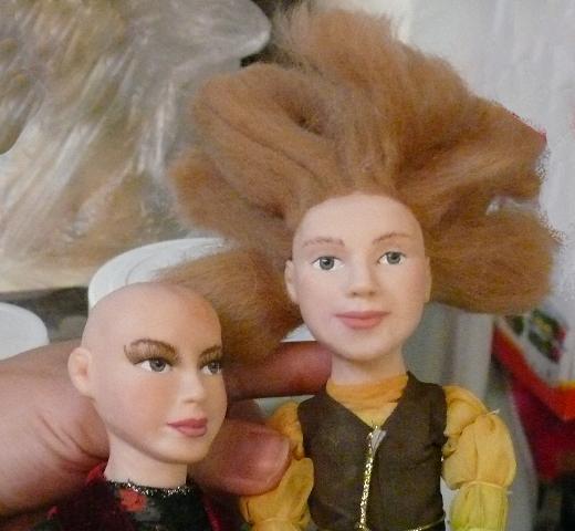 на бревне, портретные куклы