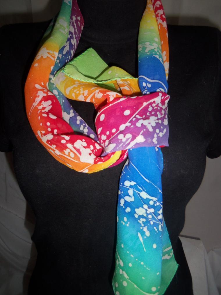 красивый шарф, ручная роспись, офисная одежда