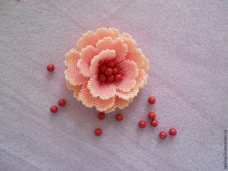 How to Make a Small Flower out of Beads, фото № 48