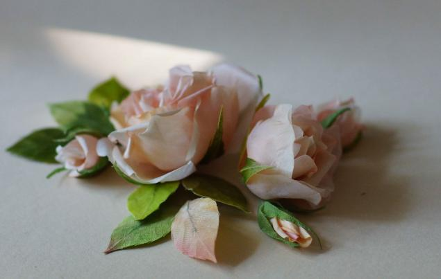розы из шёлка